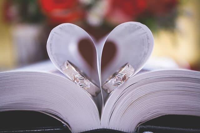 טבעת נישואין זהב לבן